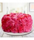 کیک خامه ای طرح گل های رز قرمز